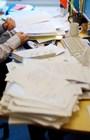 Cách sắp xếp bàn làm việc hợp lý